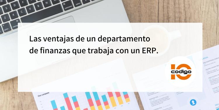 Departamento de finanzas que trabaja con ERP